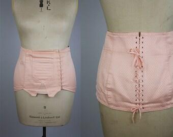Vintage 1940s Style Corset / Vintage 1980s Corset / Vintage Waist Cincher / Wasp Waist Corset / Pale Pink Corset / Size Large / Size XL