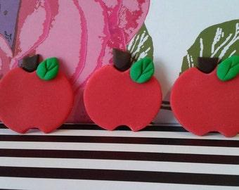 Fondant edible Apple Cupcake toppers, set of 12- Perfect for SNOW WHITE