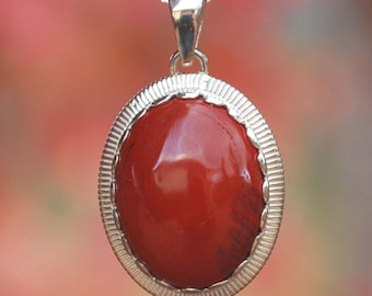 Beautiful Red Jasper 925 Sterling Silver Necklace NEW