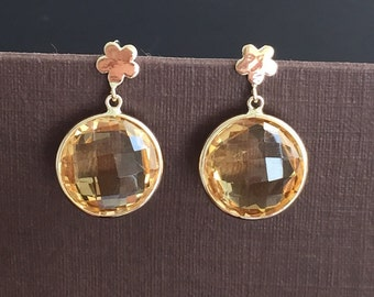 14k solid yellow gold and citrine dangle earrings , flower top