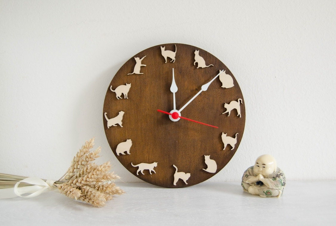 Cat Clock Wood Wall Clock Gift For Children And Pets Lovers