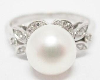 30% OFF June Birthstone - White Pearl & Diamond Ring 10K Gold Size: 7