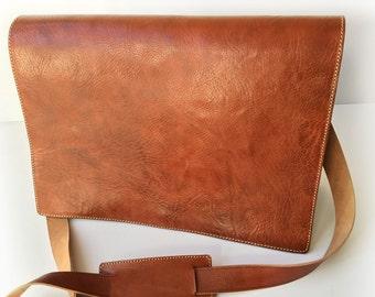 Men leather messenger bag THE BRICK - Brown messenger bag, Handmade bag, Vintage look bag, Genuine leather shoulder bag