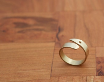Brass Circle Point Ring, Geometric Brass Ring