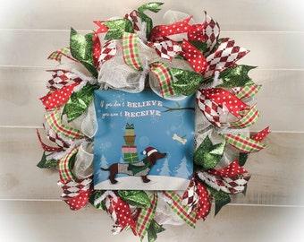 Christmas Wreath, Dog Wreath, Dachshund Wreath, Wiener Dog Wreath, Xmas Wreath, Holiday Wreath, Mesh Wreath, Christmas Decor, Dog Decor