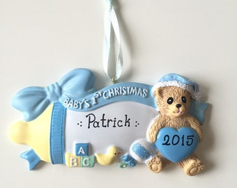Baby's First Christmas Ornament>>FREE PERSONALIZE>>FREE Holiday gift bag>>Merry Christmas