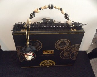 Havoc cigar box purse with flask