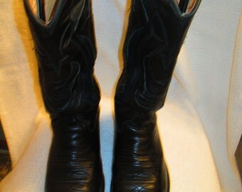Vintage  Harley Davidson black stiched leather and suede cowboy style motorcycle riding boots. Made in the USA. Mens size 7M Womens 9W