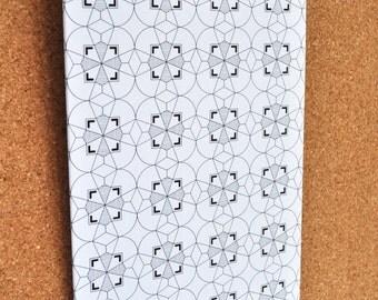Geometric Flower Patterned Clipboard