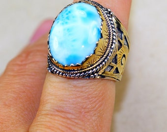 Stunning Larimar set in Pure 925 Sterling Silver and 18K Gold Plated Ring size: 8