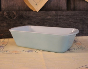 Solid Turquoise Glasbake Loaf Pan J-522-10 1 1/4 QT