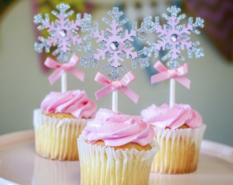Snowflakes Cupcake Toppers, Winter wonderland birthday, Frozen Inspired party decorations, winter onederland