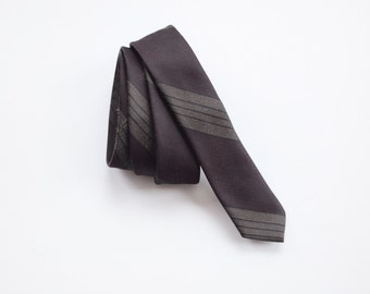 1950s Super Skinny Burgundy and Green Striped Tie