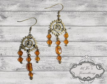 Cog with Amber Gem Dangles.