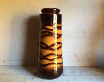 W. German Pottery Vase, Scheurich 1970s German Vase 206 26, West German Pottery