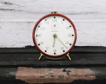 Scarlet Red Kienzle Clock – Functional