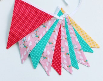 Fabric bunting, Nursery fabric banner 2 meter long. Nursery fabric bunting, baby shower fabric flags banner . Nursery wall decor.