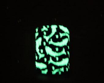 Glow in dark glass pendant, koi glass necklace, fused glass, koi fused glass pendant,glow necklace , koi glow in dark,koi necklace