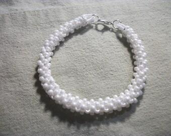 """7"""" Bracelet, Handmade White Ceylon Pearl"""