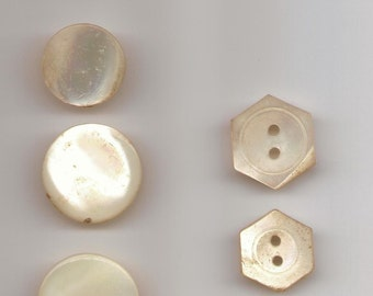 Collection of 7 vintage 1930s Mother of Pearl Buttons