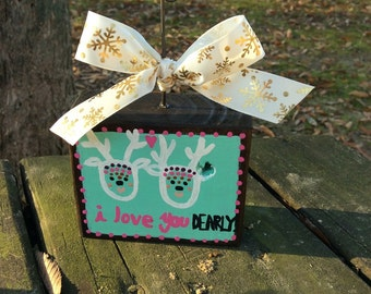 "Hand painted ""I love you dearly"" picture holder"
