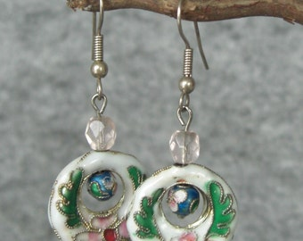 vintage style drop earrings white / blue