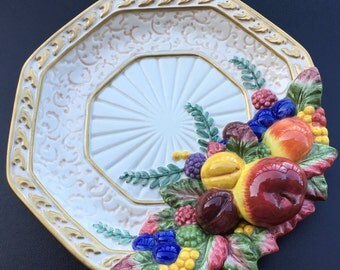 Fitz And Floyd Classic's Venezia Canapé  Plate Fruit  Octagon Embossed Fruit Gold Trim Thanksgiving  Holiday 8 3/8 ""