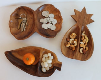 Set of 3 Wooden Teak Trays Dishes Platters Leaf Pineapple Shell