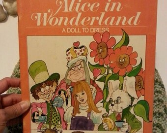 1971 Alice in Wonderland paper dolls coloring book