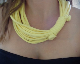Spring yellow necklace