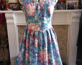 Mid length spring fresh dress - size 12