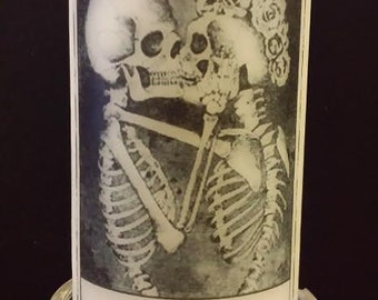 Skeleton Kissing Wax Candle