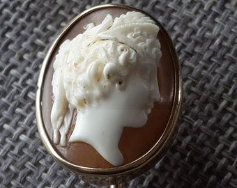 This is a stunning quality antique victorian 9 ct ct gold (tested) cameo stick pin