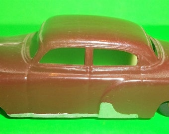 Vintage Plasticville 1950's Brown Painted  Sedan For O Gauge Train Layouts