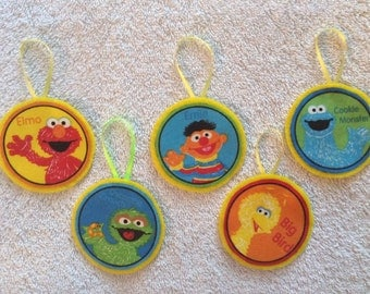 Sesame Street Christmas Ornaments-Set includes 5 Characters-Elmo, Cookie Monster, Big Bird, Ernie, Oscar the Grouch!!!