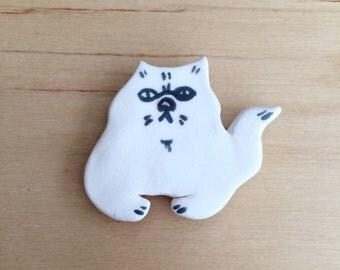 SALE - Ceramic cat magnet - white cat