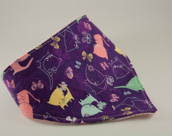 Bandana bib with cats