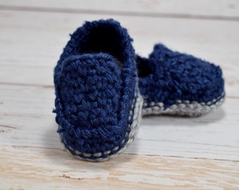 Crochet baby shoes, crochet baby loafers, baby boy shoes, crochet boy slippers, navy blue baby shoes