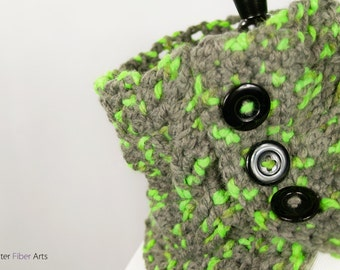 Parakeet Button Crochet Cowl