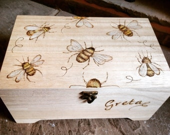 Large wooden box, bees, keepsake box, personalised box, storage box, large jewellery box, craft box, sewing box, tea storage, personalised g