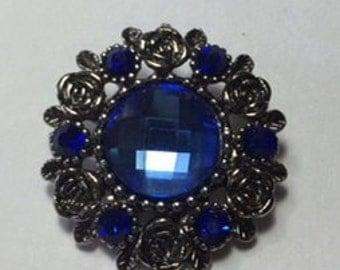 New! ANTIQUED SILVER, Beveled blue tone Rhinestones Snap...Beautiful, striking, 20mm