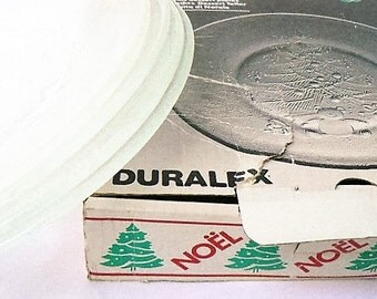 Christmas Holiday 4 French Duralex Vintage Tempered Glass, Clear Dessert Plates Holiday Xmas Tree/Bear  Les Verreries de Saint Gobain France