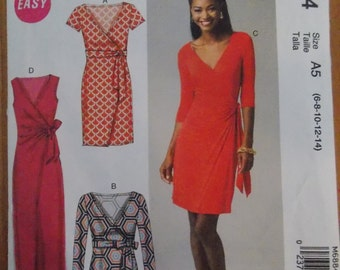 Sewing pattern mccall dress 6884 size 6 to 14