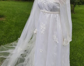 1970's 70's 1960's Vintage Wedding Dress Gown 70s 1970s 60s With Matching Daisy Veil