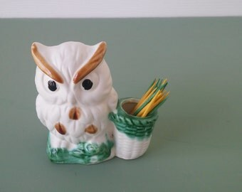 A Vintage White Pottery Owl Toothpick Holder, Made In Japan