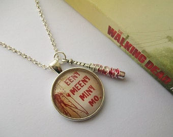 Lucille ~ Negan inspired glass necklace. The Walking Dead. (Round style)