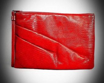 vintage Ruth Saltz red snakeskin design clutch weistlet hand bag 1970s purse