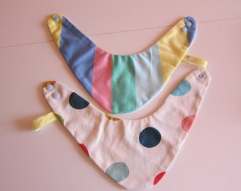 Reversible dotted striped bib for babies and children, Bees on the Bonnet design,