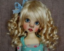 DOLL WIG Size 8 - 9 fit perfectly on Kaye Wiggs, Connie Lowe, Dollstown Kim Lasher MSD Doll