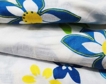 Dress Making White Designer Indian Pure Cotton Fabric Floral Printed Fabric Cotton Indian Crafting Apparel Material Fabric By 1 Yd ZBC5054